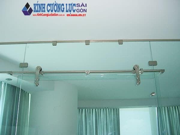 Cửa kính lùa ray treo 10x30 - cửa kính - cửa kính cường lực