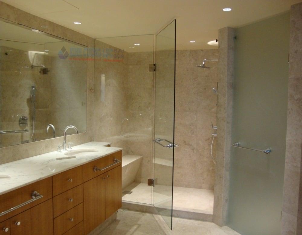 Phụ kiện cabin phòng tắm kính